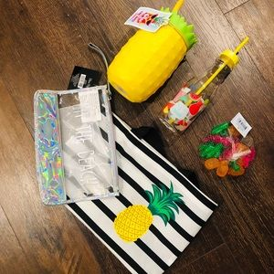 New Summer Beach-Themed Bag and Gifts Collection